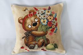 """Gobelinkissen """"Teddy mit Blumenstrauß"""""""
