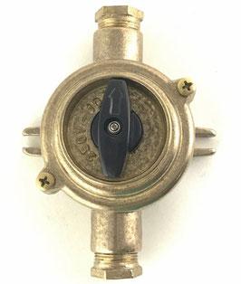 Interruttore 2 per esterni ottonato IP54