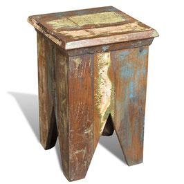 Sgabello in legno riciclato