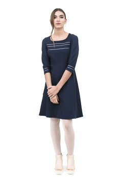W1912 Empirekleid 3/4 Arm Satinstreifen