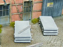 JUWEELA 1:45 Betonplatten, Ladegut, 10 Stück (24220)