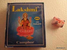 100 Kamphertabletten für die Puja .