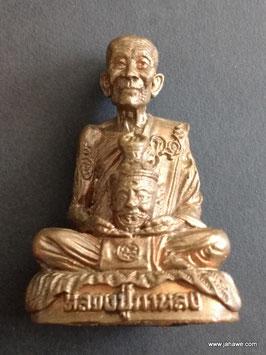 Lp Karlong Lüssi Statue. Aus 9 verschiedenen Metallen gefertigt. Das Meisterstück für Einweihungen von LP Kalong durch dieses Amulett