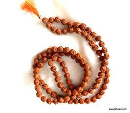 5 Augen Rudraksha Mala aus Nepal, 8mm ist die Dicke der Perlen. feine Qualität.