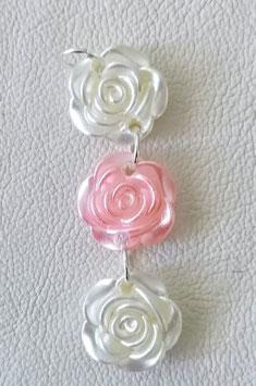 Rosenanhänger 3 Rosen mit Silberösen, 2x weiss, 1 x Rosa