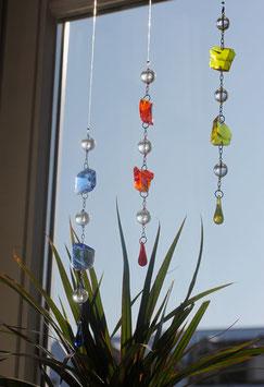 Farbglaskette