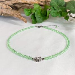 Kropfkette mit Blume grün