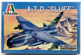 """A-7 D """"SLUFF""""  (italeri)"""