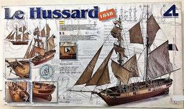 Le Hussard (Barco de Madra de Artesania Latina)