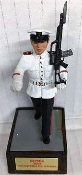 Soldado Infantería Marina Blanco (Desfilando)