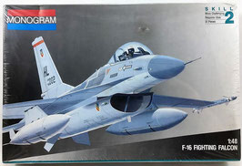 F-16 FIGHTING  FALCON  (monogram)