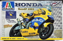 Maqueta Honda RCV moto GP 2003 (Italeri)