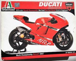 Maqueta Ducati GP 2007 (Italeri)