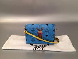 MCM Color Visetos Rabbit Mini Crossbody in Blau/Cognac