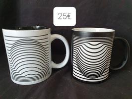 Ensemble 2 mugs en céramique trompe l'oeil