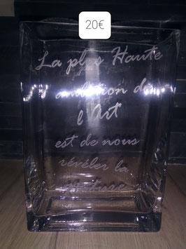 Vase rectangulaire de 20cmde haut