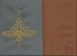 Lotusblüte Grau + Hellrost