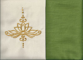 Lotusblüte Naturweiß + Pistazie