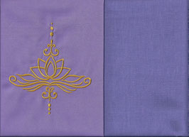 Lotusblüte Flieder + Flieder