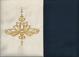 Lotusblüte Naturweiß + Marine