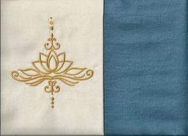 Lotusblüte Naturweiß + Schwedenblau