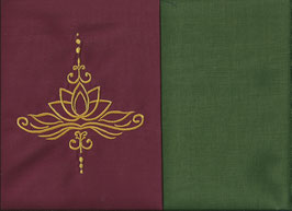 Lotusblüte Bordeaux + Moosgrün