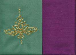 Lotusblüte Mintgrün + Beere