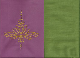 Lotusblüte Altrosa + Pistazie