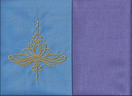 Lotusblüte Hellblau + Flieder
