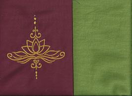 Lotusblüte Bordeaux + Pistazie