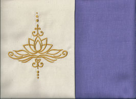 Lotusblüte Naturweiß + Flieder