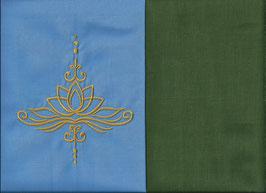 Lotusblüte Hellblau + Moosgrün