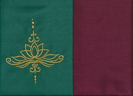 Lotusblüte Grün + Bordeaux