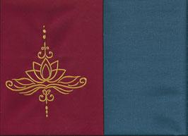 Lotusblüte Rot + Rauchblau
