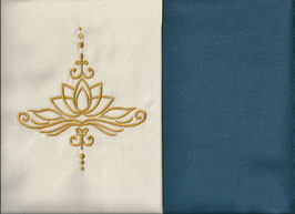 Lotusblüte Naturweiß + Rauchblau