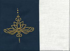 Lotusblüte Marine + Creme