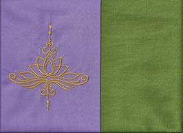 Lotusblüte Flieder + Pistazie