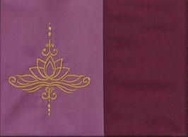 Lotusblüte Altrosa + Bordeaux