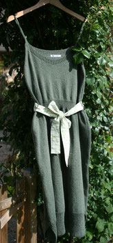 Robe RECYCLÉE jersey 'kaki' pour FEMME