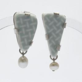 Porzellanohrringe mit Perle