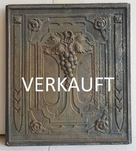 """ID 216  Ofenplatte Jugendstil  """"Weintrauben"""" Art Nouveau - Art Nouveau Stove Plate """"Grapes and Leaves"""""""
