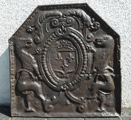 ID 3 - Bourbonenwappen mit Löwen - Arms of France with Lions