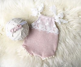 Outfit Body & Haarband shooting Newborn Babyfotografie
