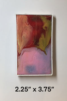 Red/Pink Pour