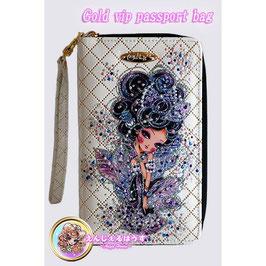 パスポートケース Gold Vip Passport Bag ホワイト