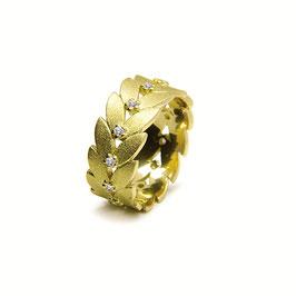 Noen Ring Gelbgold mit Diamanten