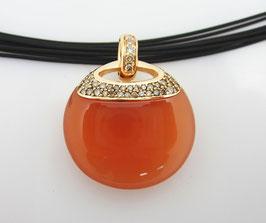 Mondsteinanhänger aus 750/000 Gelbgold mit einem traumhaften indischem Mondstein 31 ct und mit Diamanten