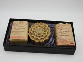 Coffret de trois savons - forme fleur ronde sans pétales