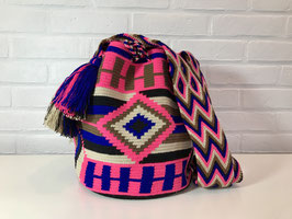 GINNA Mochila bag handcrafted by Colombian Wayuu women
