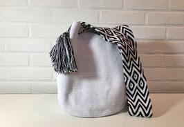 ANEMONE Mochila bag handcrafted by Colombian Wayuu women